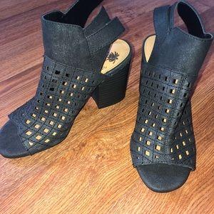 BRAND NEW Jellypop block heels!